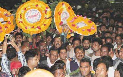 ঝিনাইদহে একুশের প্রথম প্রহরে ভাষা শহীদদের শ্রদ্ধা